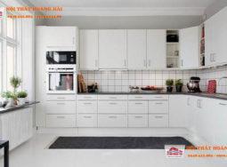 Tủ bếp Acrylic trắng hoàn hảo