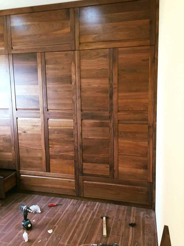 tủ áo đóng bằng gỗ óc chó