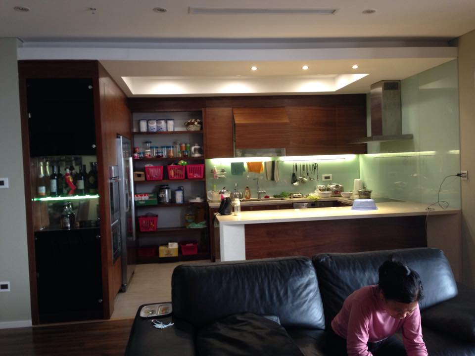 Tủ bếp anh Hải Royal