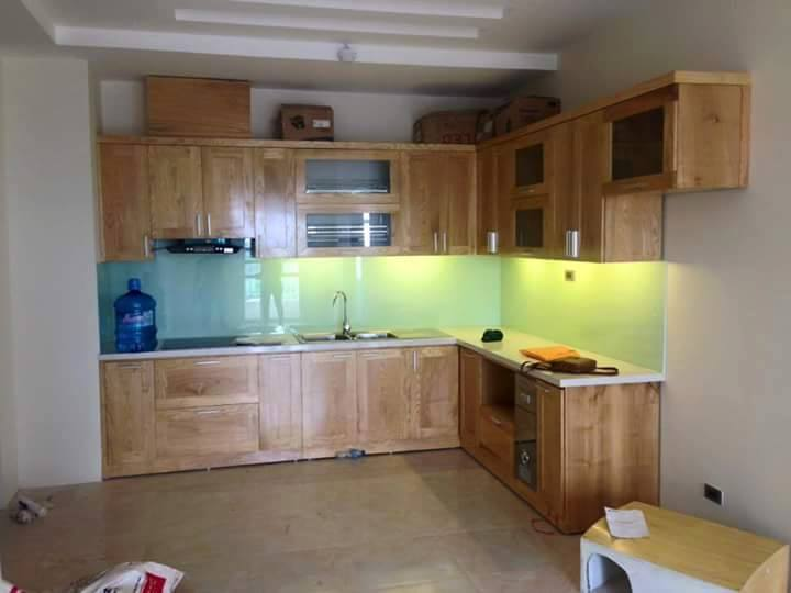 Tủ bếp gỗ tự nhiên anh Long Văn Phú