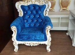 Ghế sofa màu xanh phong cách tân cổ điển