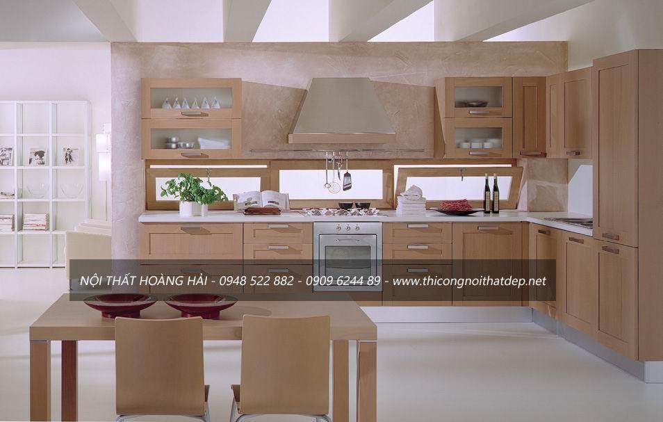 Mẫu tủ bếp gỗ Veneer thiết kế rất sang trọng, hình chữ L