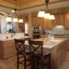 Tủ bếp gỗ giáng hương cổ điển