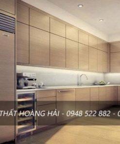 Tủ bếp inox cánh gỗ laminate sang trọng với thiết kế rất hiện đại