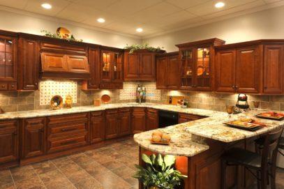 Thiết kế tủ bếp gỗ gõ đỏ tân cổ điển
