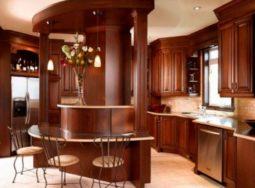 Mẫu tủ bếp gỗ gõ đỏ tại Thái Bình cực đẹp