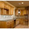 Tủ bếp làm bằng gỗ sồi Mỹ dáng chữ L cao cấp