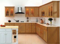 Mẫu tủ bếp gỗ xoan đào dáng chữ L dành cho chung cư
