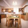 Mẫu tủ bếp gỗ xoan đào giá rẻ