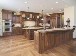 Tủ bếp gỗ gõ đỏ tự nhiên cao cấp rẻ và đẹp