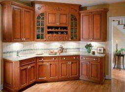 Mẫu thiết kế tủ bếp gỗ xoan đào dành riêng cho căn nhà nhỏ