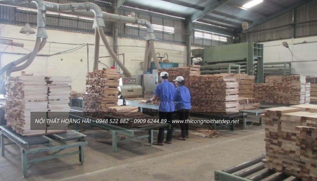 xưởngsản xuất nội thất gỗ giáng hương